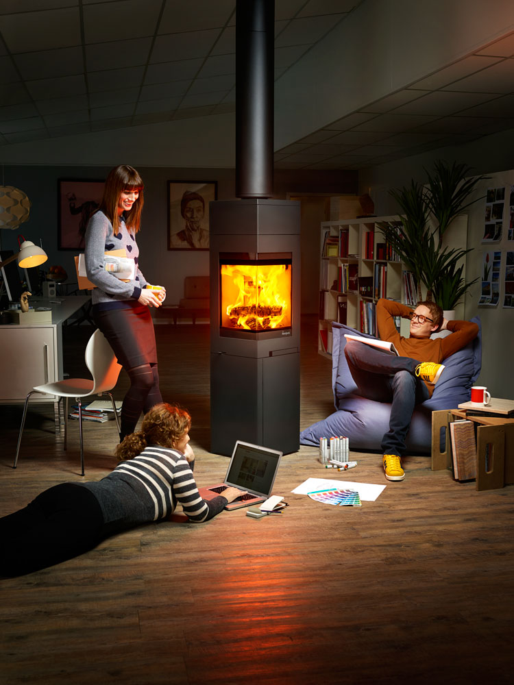 Designers relaxing in front of the fire. Advertising for Norpeis by Dinamo and Håvard Schei.