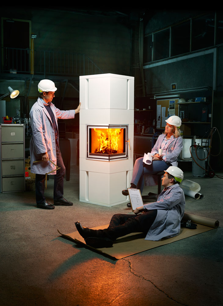 Engineers relaxing in front of the fire. Advertising for Norpeis by Dinamo and Håvard Schei.